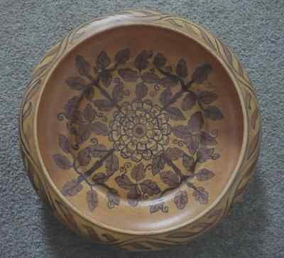 "Clews Chameleon Ware Bowl 10"","