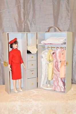 Franklin Mint Jackie Kennedy Doll With Wardrobe Outfits Accessories