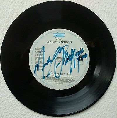 """Michael Jackson Will You Be There/girlfriend Single 7"""" Hand Signed Autographed"""