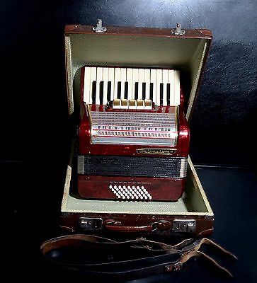 Vintage German Top Piano Accordion Weltmeister 40 Bass,5 Reg.+Original Hard Case