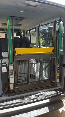 Commercial Wheelchair Lift Vista Series 02