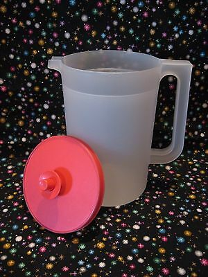 TUPPERWARE 2 Qt Sheer PITCHER +Hot PINK Push-Button Lid 3-pc Seal VTG 1/2 Gallon