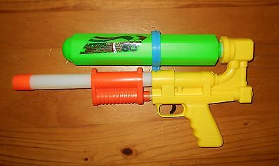 Super Soaker 50 Water Toy *BOOT LEG - KNOCK OFF*