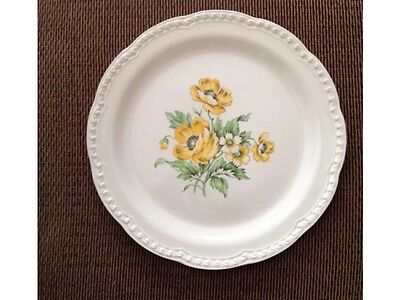 """Heritage Ware by Stetson Plate, Yellow Flower,  9-3/8"""" diameter"""