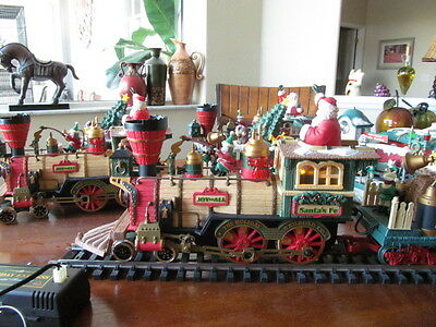 New Bright Holiday Express 380 One Connector Wire Locomotive Engine