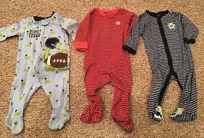 Set Of 3 Footed Pajamas. Size 9 Months. Great Condition. Carters & Koala Baby.