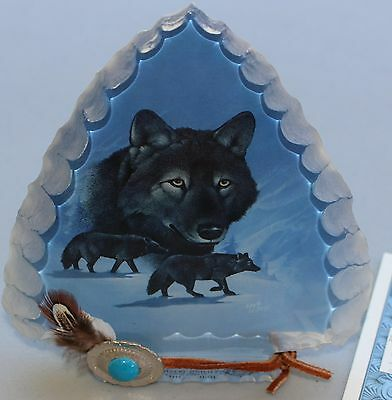 "Mystic Wolf Arrowhead ""Midnight Guardians""; Bradford Editions (#A1620)"