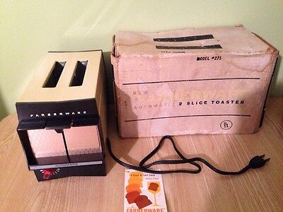 Farberware Vintage Toaster - Model # 271 with box and tag