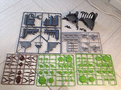 Warhammer Citadel Games Workshop 40K Gothic Ruins Church Scenery Trees Barrels