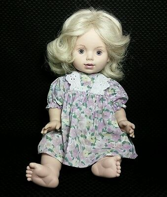 Playmates Baby so Beautiful All Vinyl Baby Doll Blonde Hair Blue Eyes