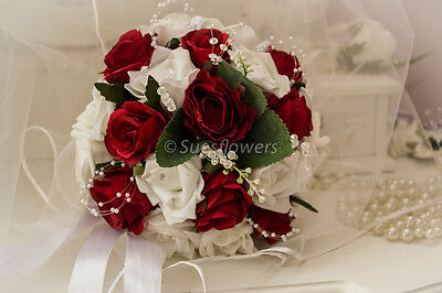WEDDING FLOWERS  BRIDESMAID / small BRIDES  BOUQUET IN WHITE AND RED