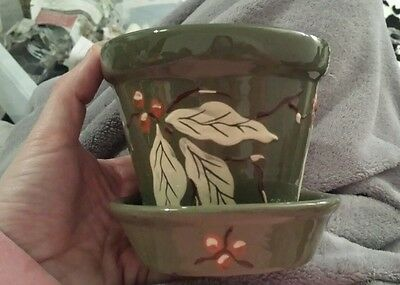 Royal Barum Ware Branham Leaf & Berry Pattern Olive Green Plant Pot With Dish