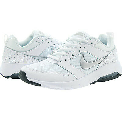 Nike-Wmns Nike Air Max Motion-Sneakers Basse-Bianc0/argento-819957 100