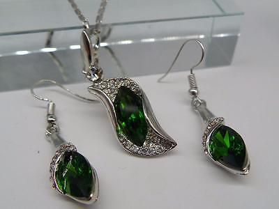 18k White gold GF wedding Necklace Earrings Jewellery Set Green Emerald Thunder