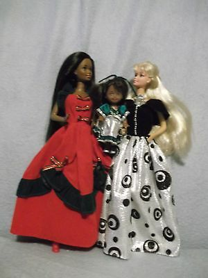 African American Barbie Kelly & & Superstar Barbie Christmas gowns shoes 3 dolls