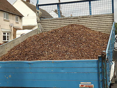 Wood chip truck load / woodchip play areas weed supprescent paths not mulch