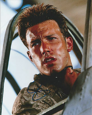 BEN AFFLECK - Hand Signed 10x8 Photo - Actor - Batman Argo Armageddon The Town