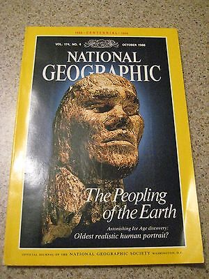 NATIONAL GEOGRAPHIC Magazine Americans Indians  Largest CLOVIS Spearpoints