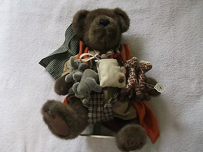"Boyds Bear TF Wuzzies 12"" Noah w/Boyds Bear Stand (and Friends)"