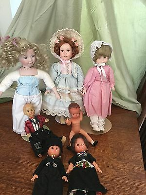 Beautiful Set Of Seven Doll Collection.