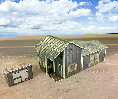 Z Scale Buildings Kit - Weathered Homestead / Depot - Coverstock Paper Kit