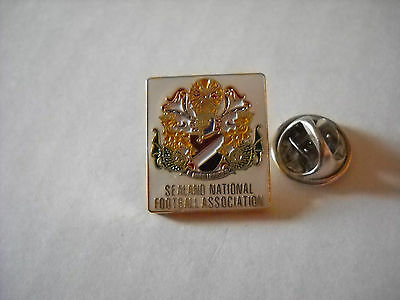 a1 SEALAND federation nazionale spilla football calcio‎ soccer pins badge