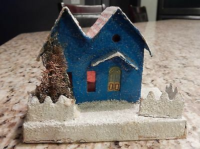 VINTAGE CHRISTMAS VILLAGE PUTZ HOUSE with Tree Made in Japan Paper Mache   T1