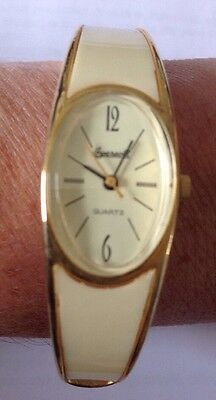 Ingersoll  Swiss Ladies Bracelet Wind Up Watch In Cream And Gold