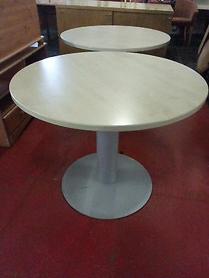 Round canteen/office table - GOOD CONDITION