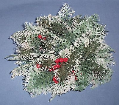 Vtg Plastic Foliage Holly Berry Christmas Candle Ring Wreath White/Green Decor