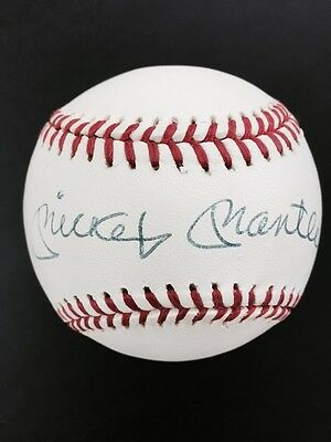 Mickey Mantle Autographed OAL Clean Baseball. NICE !!