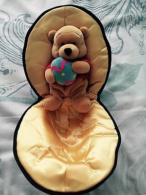 Walt Disney Special Edition Winnie the Pooh in Easter Egg Collectible 2001