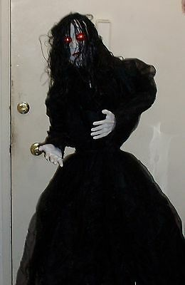 Halloween prop GOTHIC STANDING MADAME OF MISERY. 5 FT TALL, EYES LIGHT UP.