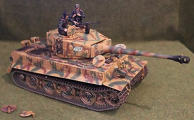 Collectors Showcase Tiger Tank  Toy Soldiers King Country Forces Valor Britains