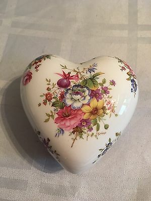 HAMMERSLEY Trinket Box with Lid Heart Shapped w/ FLORAL DESIGN GOLD TRIM