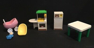 Vintage Little Tikes dollhouse furniture/ Doll Lot