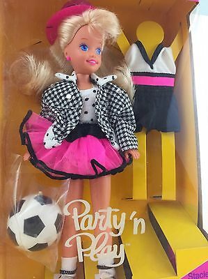 New Stacie Party 'n Play 5411 90's Barbie