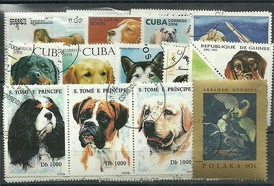 "Lot 50 timbres thematique "" chiens"""