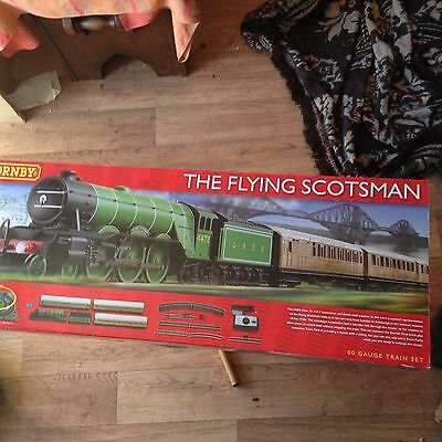 HORNBY  R1167 The Flying Scotsman Train Set NEW IN BOX