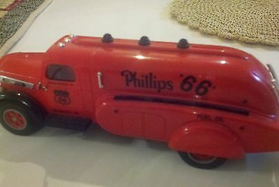 Phillips 66 limited edition gas truck 1994 by Marx