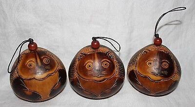 Peruvian Gourd  Ornaments Set of Three Cat Figurine  New