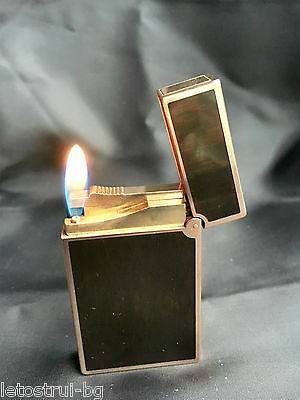 """""""S. T. Dupont"""" Lighter, Line 2, Brown Wood Grain Finish China Lacquer, Gold Trim"""