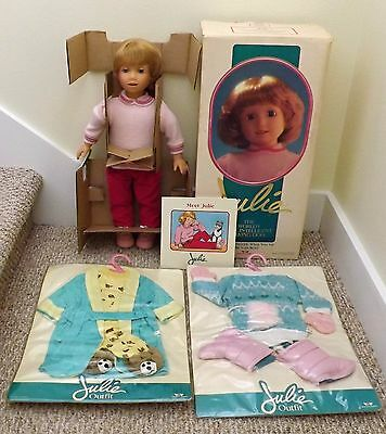 Nib Vintage 1987 Worlds Of Wonder Julie Interactive Talking Doll + 2 New Outfits