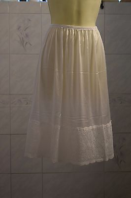 "New 3XL 29"" white half slip 6"" of lace"