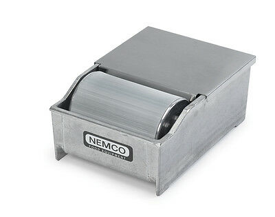 "Nemco 1 Lb. Capacity 4"" Aluminum Butter Spreader - 8150-Rs"
