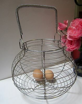 Kitchenalia - Vintage Wire Egg Basket with Wire Handle - Retro farmhouse look