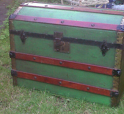 Lovely Green Painted Vintage Domed Top Steamer Trunk Blanket Box/Storage Chest