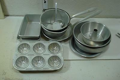 Kittens Vintage Aluminum Childrens Bake & Cookware Includes Letter From Owner 74