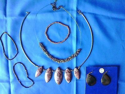 Lovely Mixed Lot Of Costume Jewellery--Six Pieces In Total