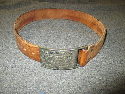 Levi Strauss Belt Buckle And Belt Made In Usa Size 30, Small. Vintage
